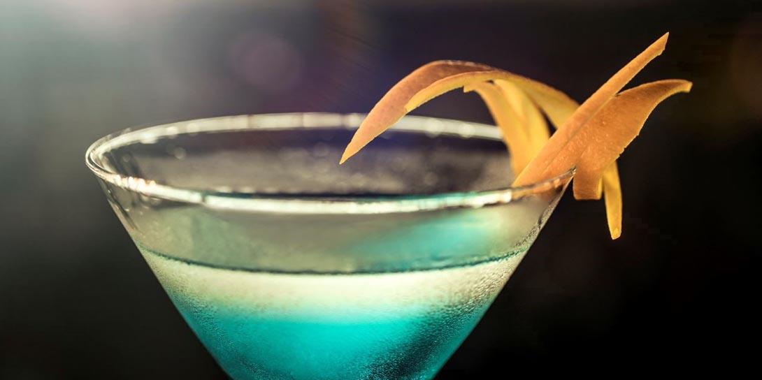 Cocktail Rezepte - Deep Blue Sea Martini