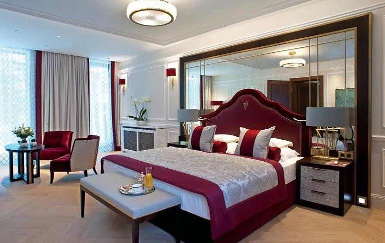 Hotel Schloss Mönchstein - Zimmer